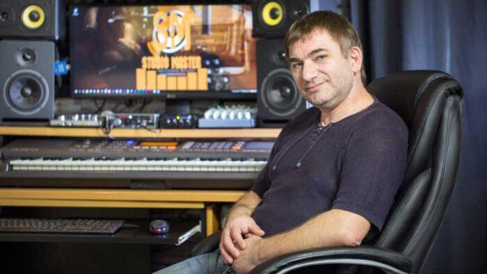 Константин Тетруев - Автор - исполнитель, композитор, аранжировщик, саундпродюссер, звукорежиссер в студии звукозаписи STUDIO MASTER