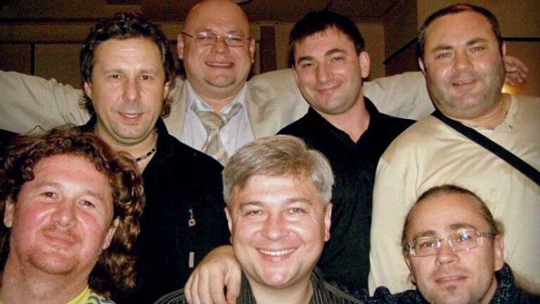 Константин Тетруев с друзьями